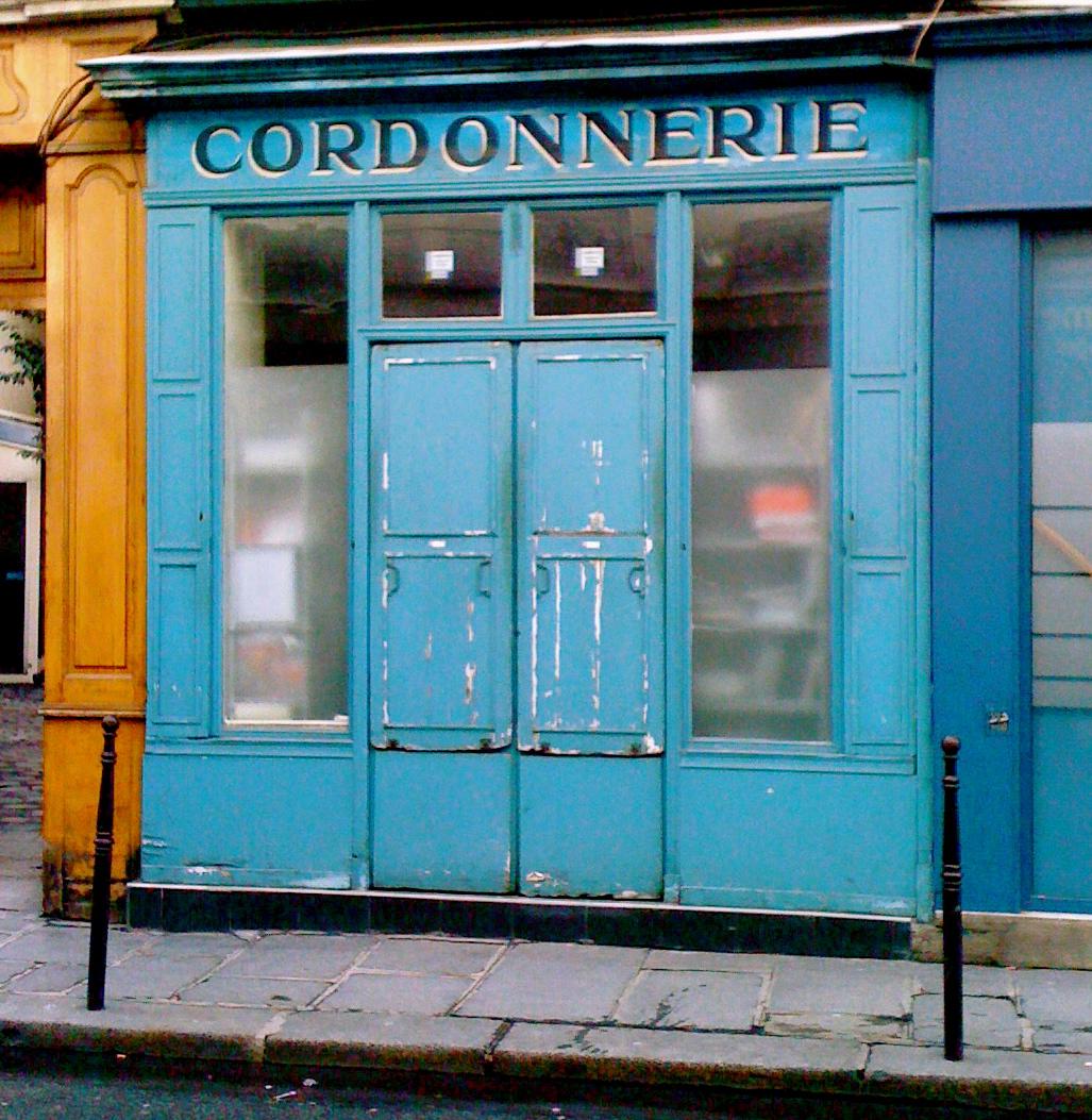 Cordonnerie (c)photographer Michel Levraux